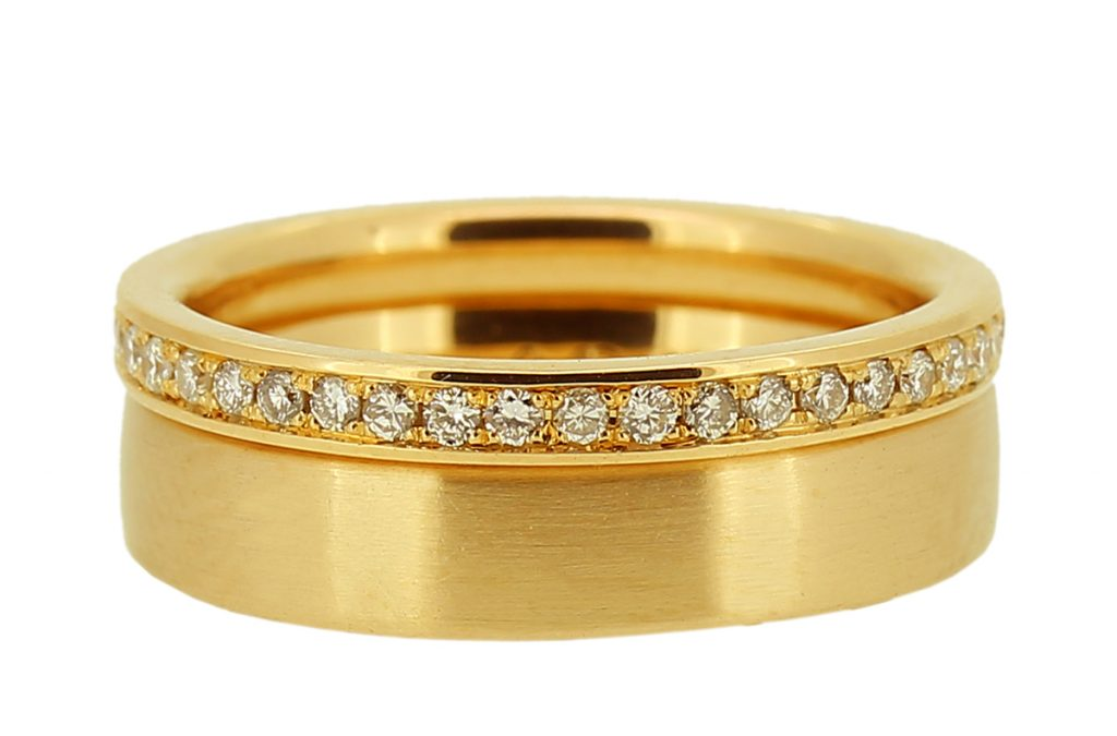 Roségold Ehering strichmattiert und Memoire Ring