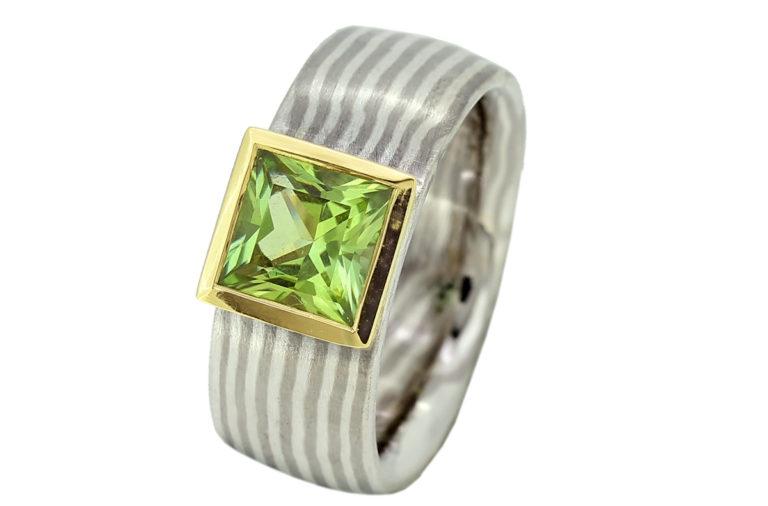 Mokume Gane Ring mit Peridot