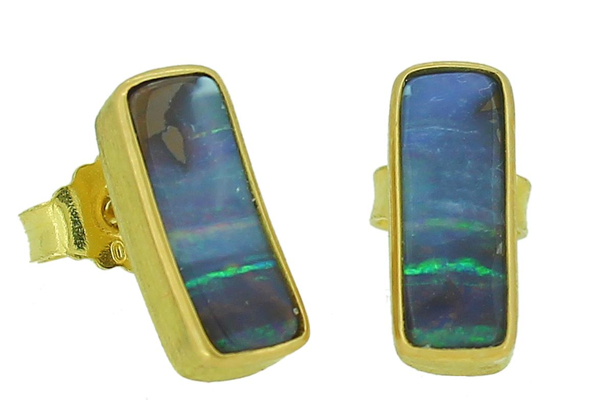 Goldene Ohrstecker mit Boulder - Opal